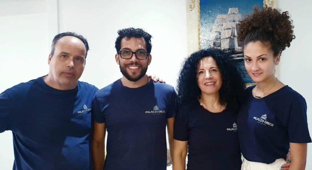 Lo staff di Palazzo Greco Vacanze